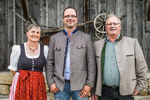 Hofbauernhof-Schemmer-Familie-web